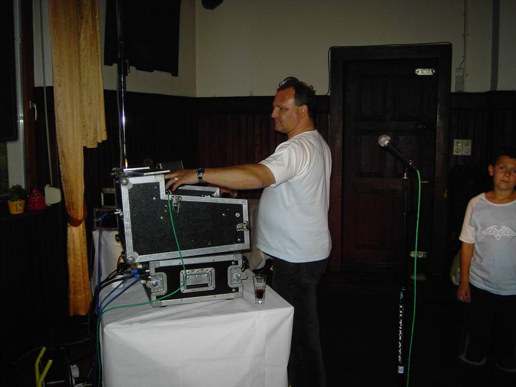 DJ-Kollege und Freund %22Fips%22 bei meinem 40. Geburtstag