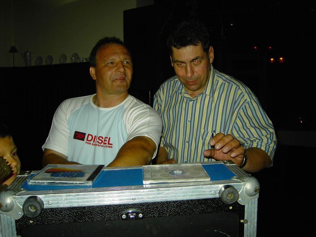 DJ-Kollege und Freund %22Fips%22 bei meinem 40. Geburtstag 2